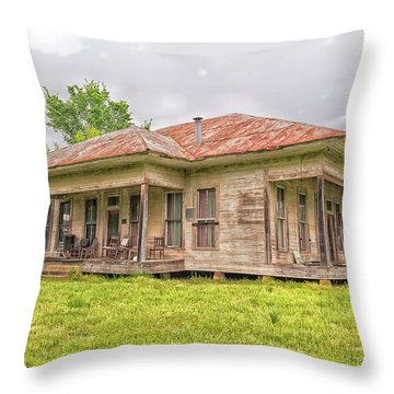 Arkansas Roadside House Throw Pillow