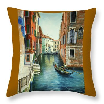 Sempre Ricordare -to Always Remember Throw Pillow