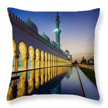 Sheikh Zayed Grand Mosque Throw Pillow by Ian Good