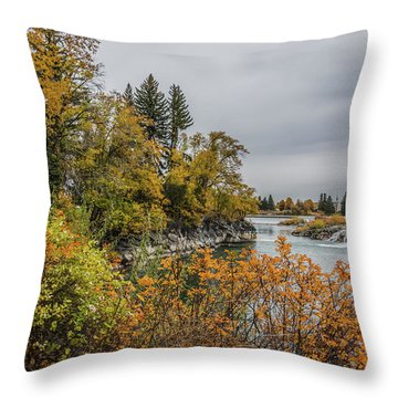 Snake River Greenbelt Walk In Autumn Throw Pillow