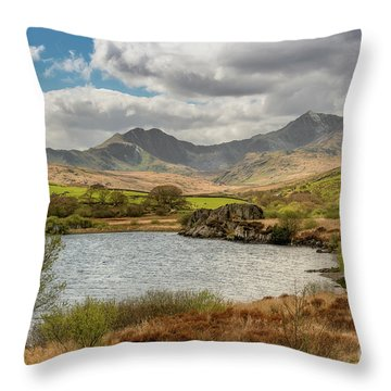 Throw Pillow featuring the photograph Snowdon Horseshoe by Adrian Evans