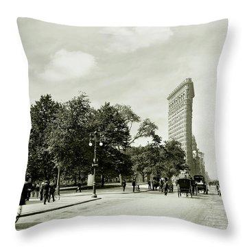 The Flatiron Building 1906 Throw Pillow