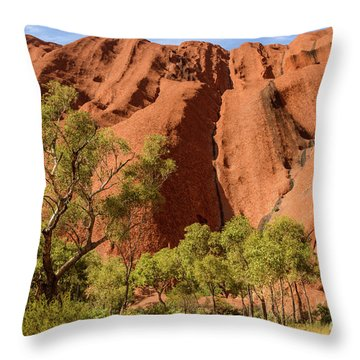 Throw Pillow featuring the photograph Uluru 07 by Werner Padarin