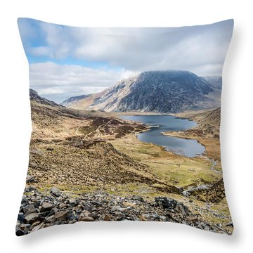 View From Glyder Fawr Throw Pillow