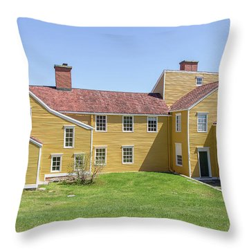 Wentworth-coolidge Mansion Throw Pillow