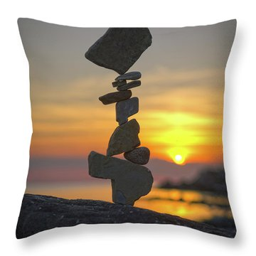 Zen. Throw Pillow