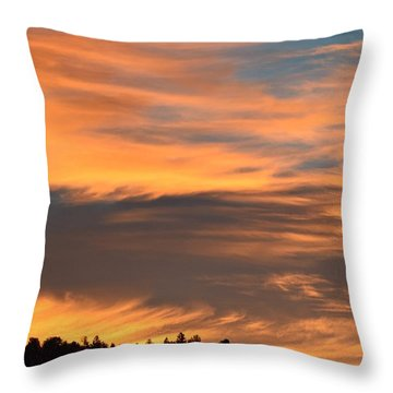 Throw Pillow featuring the photograph Sunrise Ridge Cr511 by Margarethe Binkley