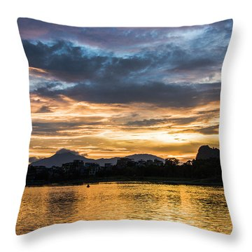 Sunrise Scenery In The Morning Throw Pillow
