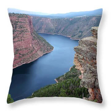 Flaming Gorge National Park Throw Pillow