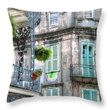 1358 French Quarter Balconies Throw Pillow