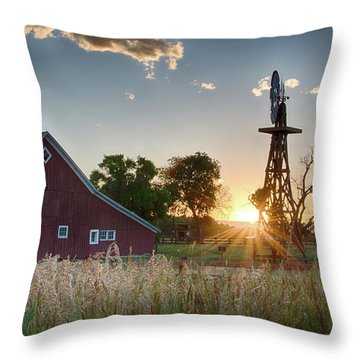 17 Mile House Farm - Sunset Throw Pillow