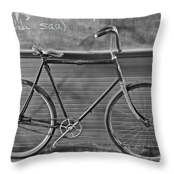 Throw Pillow featuring the photograph 1895 Bicycle by Joan Reese
