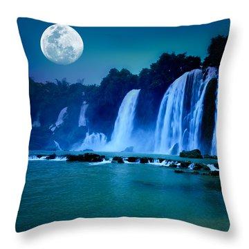 Night Throw Pillows