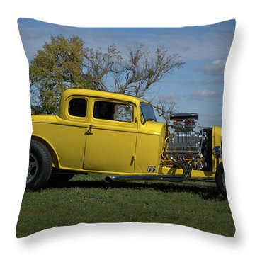 1932 Ford 5 Window Coupe Hot Rod Throw Pillow