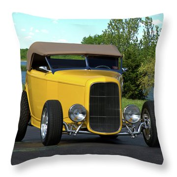 1932 Ford Roadster Throw Pillow