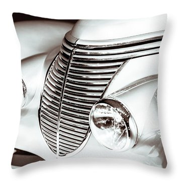 1938 Hispano-suiza H6b Xenia Front Throw Pillow by Wade Brooks