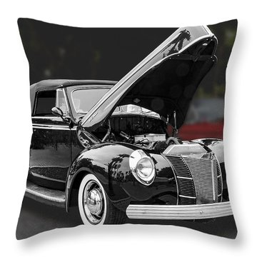 1940 Ford Deluxe Automobile Throw Pillow