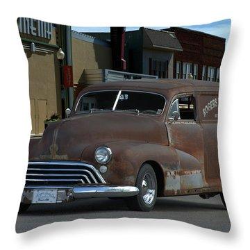 1948 Oldsmobile Sedan Delivery Throw Pillow