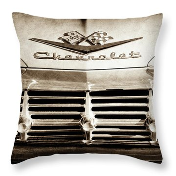 Throw Pillow featuring the photograph 1959 Chevrolet Impala Grille Emblem -1014s by Jill Reger
