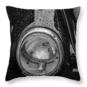 1962 Vw Beetle In The Rain Throw Pillow by Ken Morris