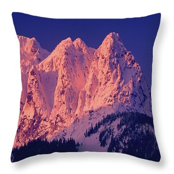 1m4503-a Three Peaks Of Mt. Index At Sunrise Throw Pillow