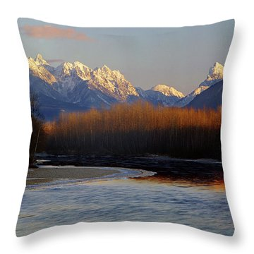 1m4525 Skykomish River And West Central Cascade Mountains Throw Pillow