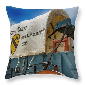 1st Cavalry Division Fort Hood - Horse Detachment Throw Pillow