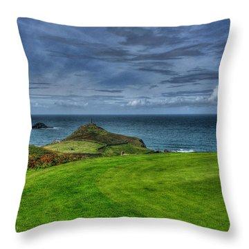 1st Green Cape Cornwall Golf Club Throw Pillow