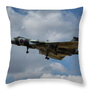 Throw Pillow featuring the photograph Avro Vulcan B2 Xh558 by Tim Beach
