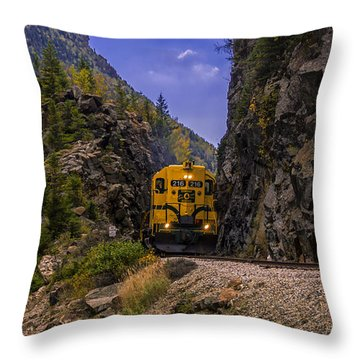 Conway Scenic Railroad Notch Train. Throw Pillow