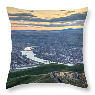 Lc Valley Throw Pillow by Brad Stinson