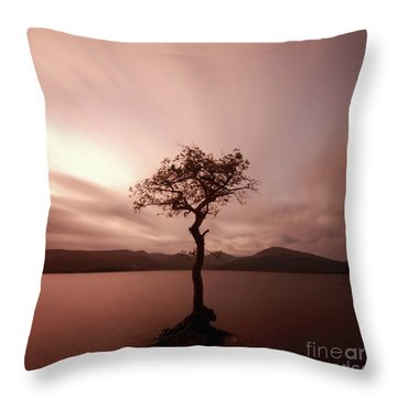 Milarrochy Bay Sunset Throw Pillow