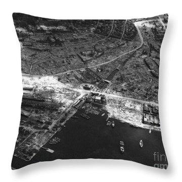 Nagasaki, 1945 Throw Pillow by Photo Researchers
