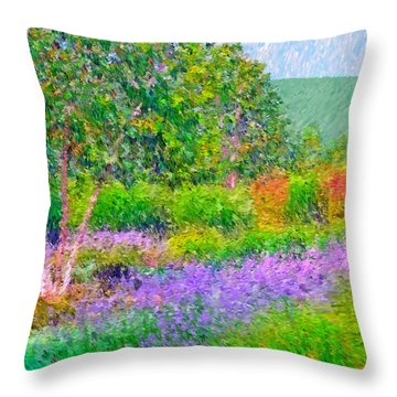 Spectacular May At The Stonewall Resort Throw Pillow