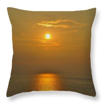 Sunset At Rameshwaram  Throw Pillow