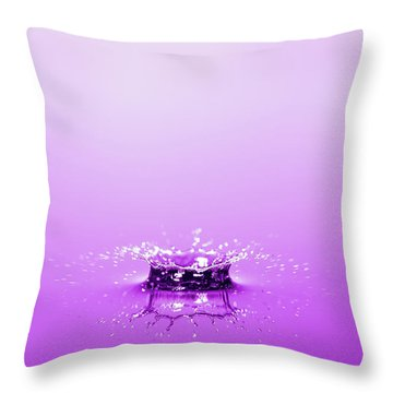 Water Drop Crown Throw Pillow