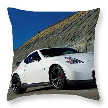 Exceptional 2014 Nissan 370z Nismo 3 1 Throw Pillow Nice Look