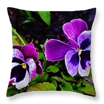 2015 Spring At Olbrich Gardens Violet Pansies Throw Pillow
