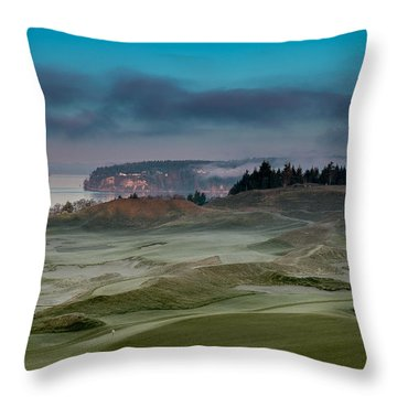 2015 Us Open - Chambers Bay Vi Throw Pillow
