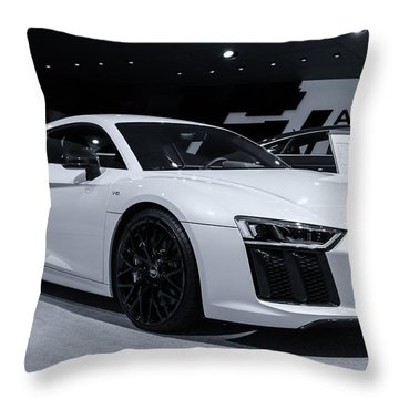 2017 Audi R8 Throw Pillow