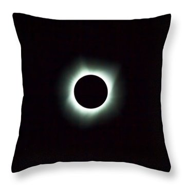 2017 Total Solar Eclipse Throw Pillow by David Gn