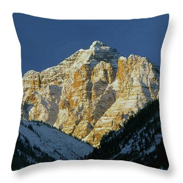 210418 Pyramid Peak Throw Pillow