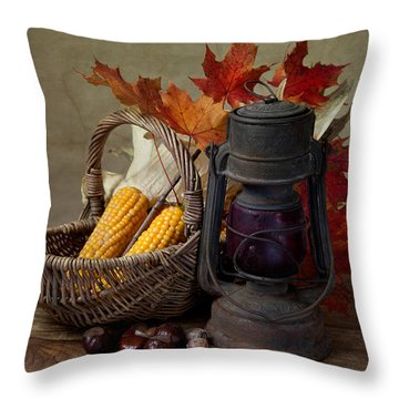 Vegetables Throw Pillows