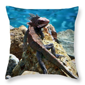Green Iguana Throw Pillow