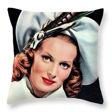 Maureen Throw Pillows
