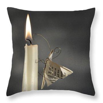 Crafts Throw Pillows