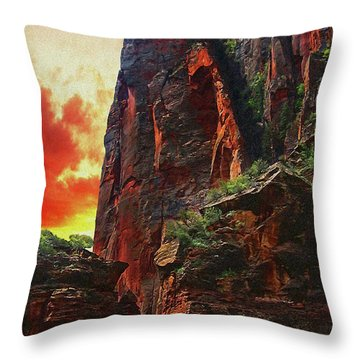 Sunrise In Canyonlands Throw Pillow