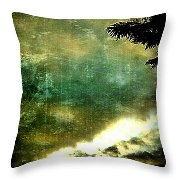 #sunrise #sun #tagsforlikes.com #tflers Throw Pillow