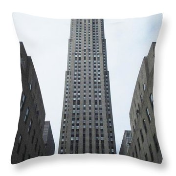 30 Rockefeller Center Throw Pillow