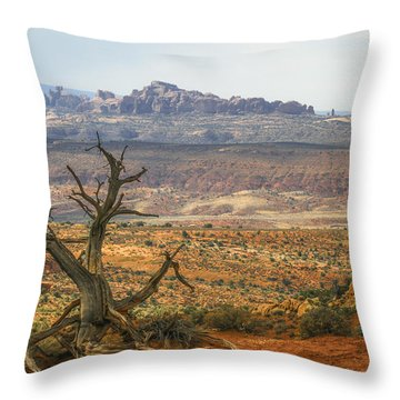 #3090 - Moab, Utah Throw Pillow